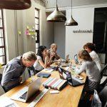zo besparen startups op onnodige kosten